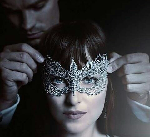 Saiu o primeiro trailer oficial de '50 Tons Mais Escuros' 1