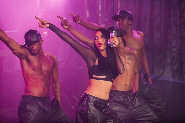 Lifetime estreia documentário 'Aaliyah – Princesa do R&B', cinebiografia da cantora e atriz 1