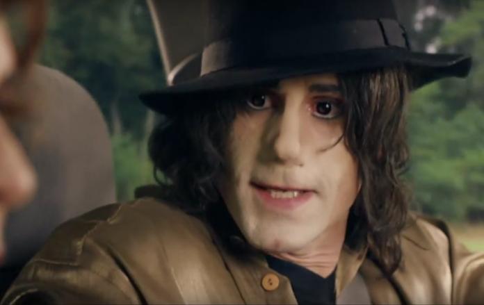 Elizabeth, Michael and Marlon: Veja o trailer da comédia Britânica sobre Michael Jackson 1