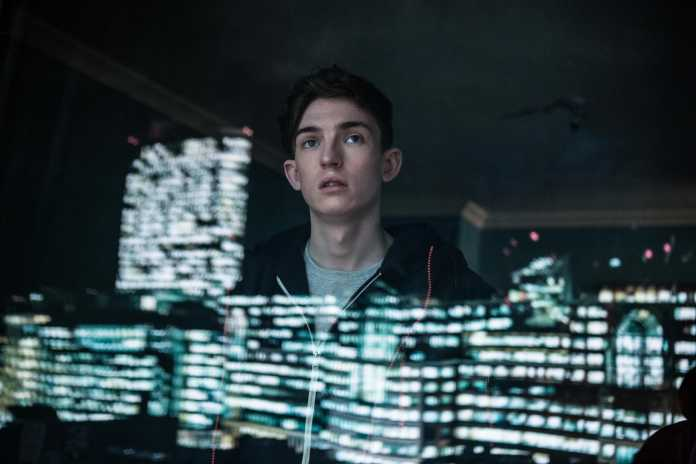 iBoy: Veja o trailer do primeiro filme de super-heróis da Netflix 1