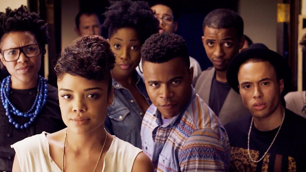 Crítica: Cara Gente Branca - 1ª Temporada 1