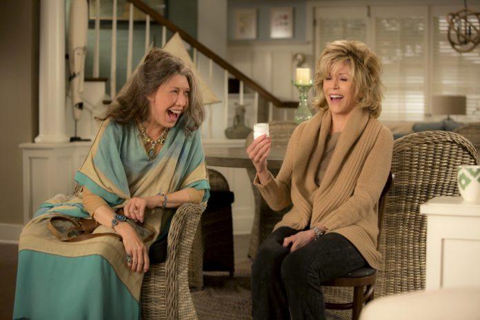 Grace and Frankie: Série é renovada para 4ª temporada e adiciona Lisa Kudrow ao elenco 2