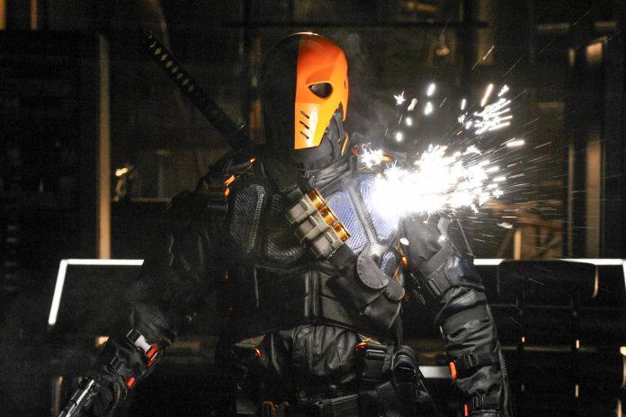 Manu Bennet voltará para seu papel em 'Arrow' 1
