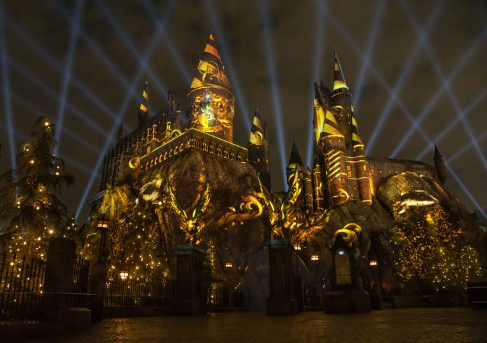 'The Nighttime Lights at Hogwarts Castle' estreia no Universal Orlando Resort 1