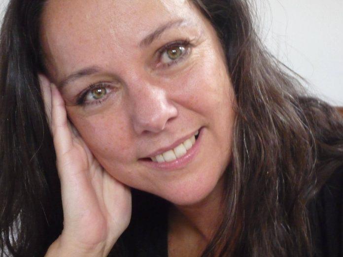 """Ana Lillian de La Macorra, a Paty do seriado """"Chaves"""", vem ao Brasil para participar do World Pop Festival 1"""