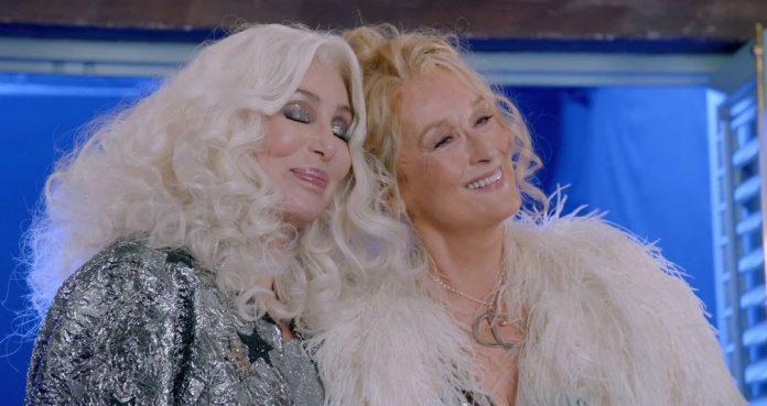 """Cher canta """"Fernando"""" em novo vídeo de 'Mamma Mia! Lá Vamos Nós de Novo' 1"""