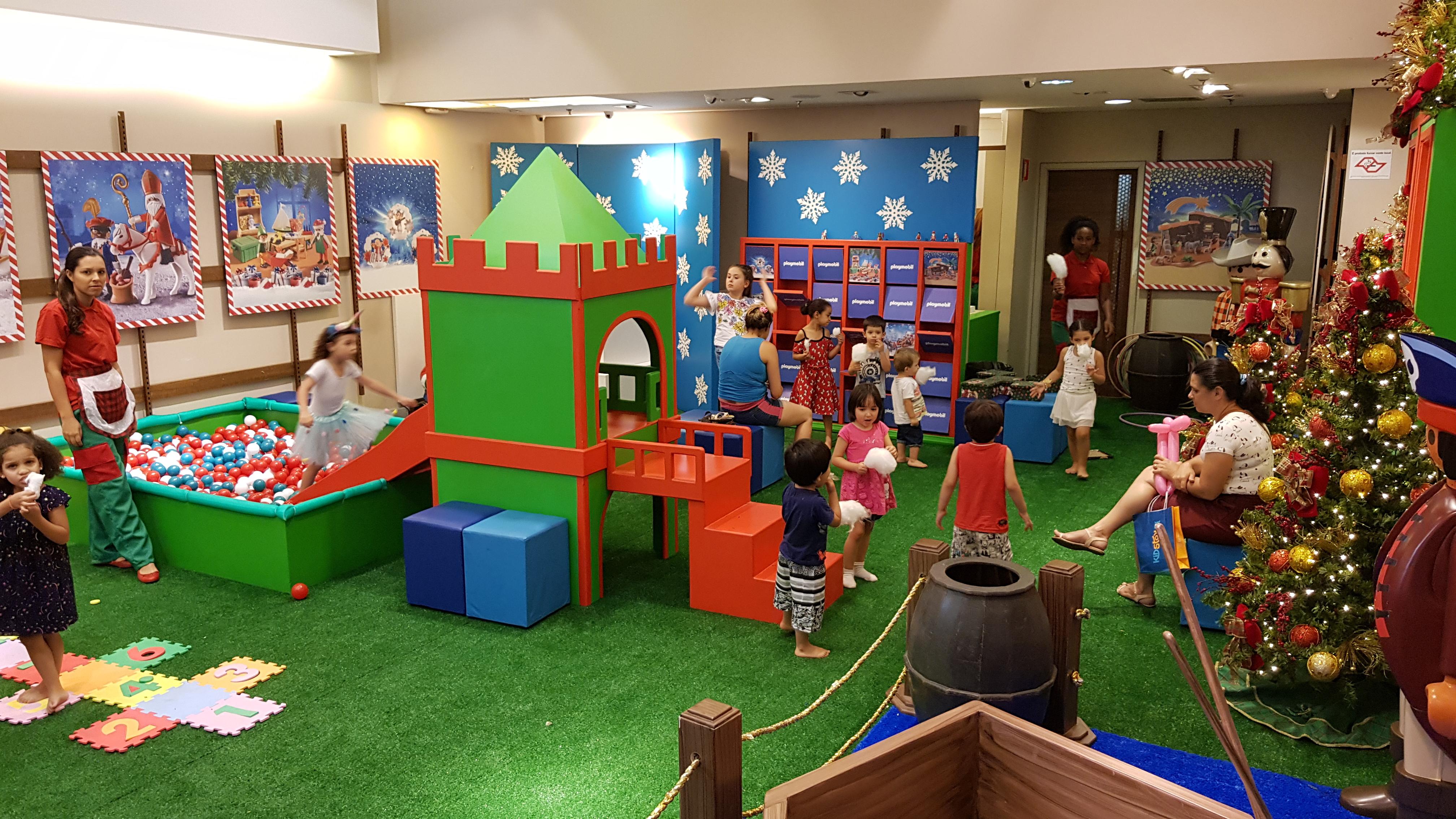Playmobil de Natal no Espaço Kids do Central Plaza Shopping 1