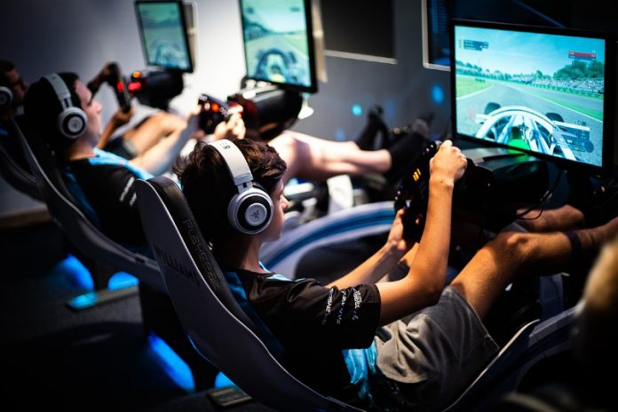 Razer anuncia parceria com a Williams Esport 2