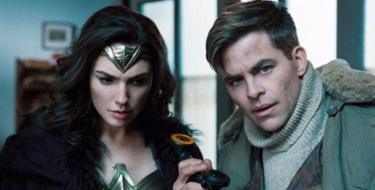 Gal Gador (Diana) e Chris Pine (Steve) em Wonder Woman /Imagem: Warner Bros - DC
