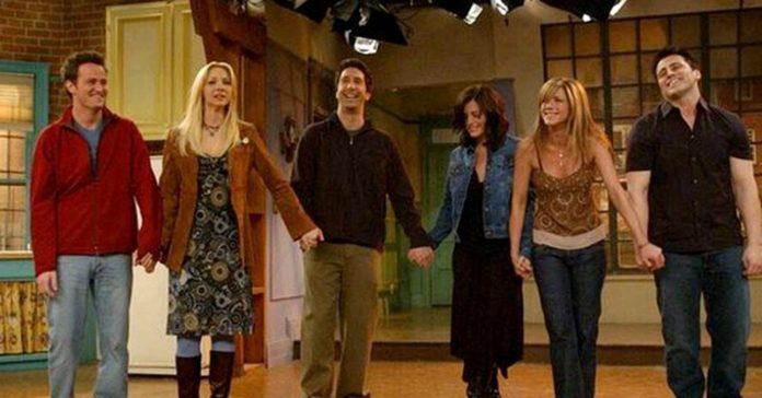 Friends | Mesmo com as gravações suspensas especial da série mantem a data de estreia 1