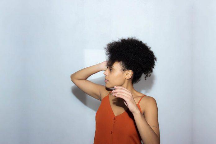 Entrevista | Julianna Gerais fala sobre seus projetos em entrevista exclusiva 1
